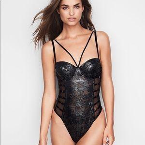 Victoria Secret Very Sexy Palm Lace Bodysuit